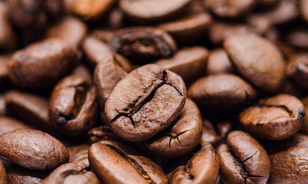 Caffeina: fa bene o fa male?